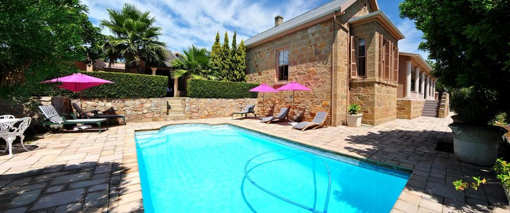 Betty's-Boutique-Hotel-Mossel-Bay-Accommodation-Pool-Pano